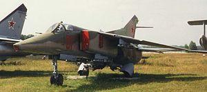 300px-MiG-27